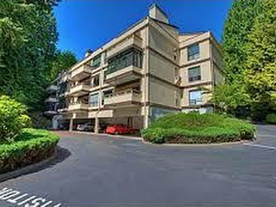 13739 15th Ave NE APT B1, Seattle, WA 98125