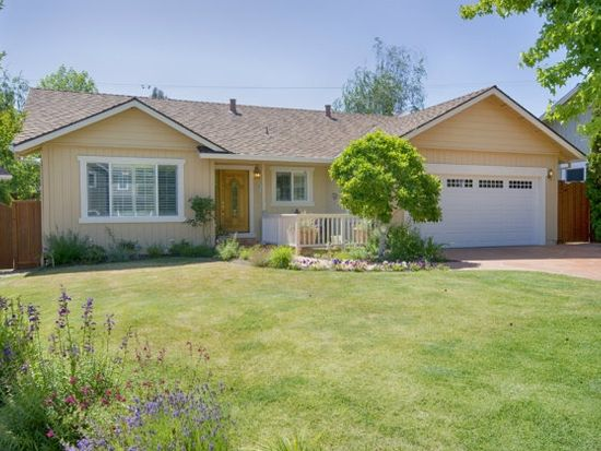 11 Kerry Ct, Scotts Valley, CA 95066