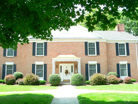 5 Patrician Dr, Norwalk, OH 44857