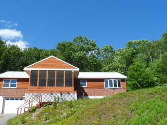 292 Old Newport Rd, Claremont, NH 03743