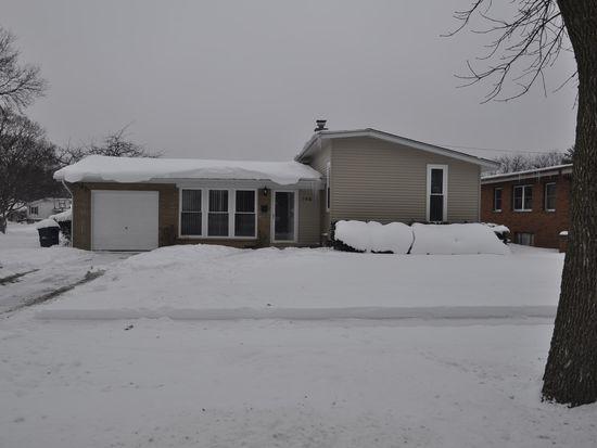 758 Lilac Way, Lombard, IL 60148