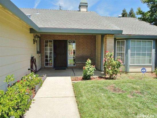1310 Kinghurst Dr, Roseville, CA 95661