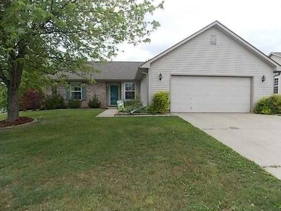 800 Trail Ridge Ct, Mooresville, IN 46158