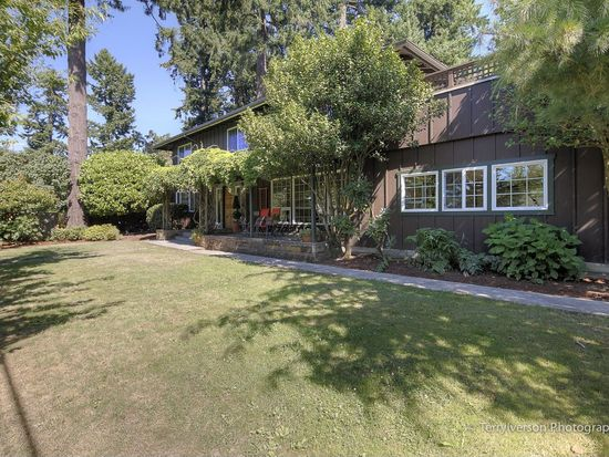 208 Northshore Rd, Lake Oswego, OR 97034
