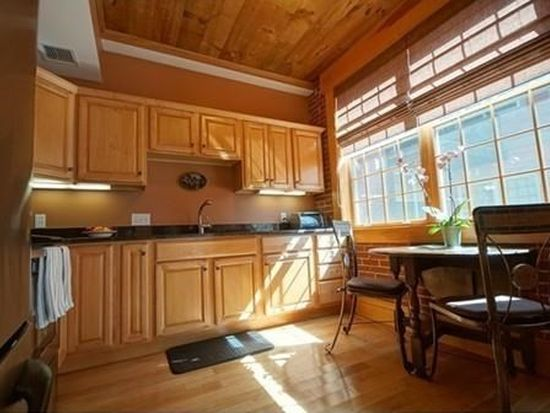7 Chester Rd UNIT 107, Derry, NH 03038