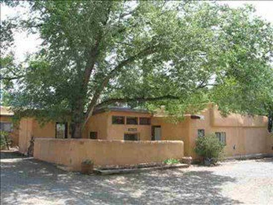 107 San Antonio St, Taos, NM 87571