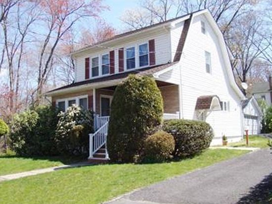 148 Madison Ct, Livingston, NJ 07039