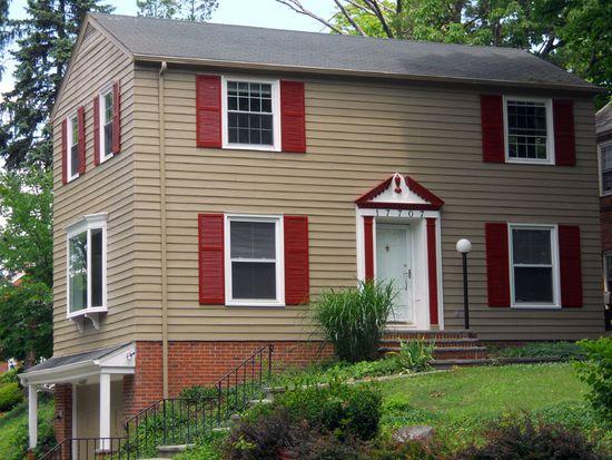 17707 Lomond Blvd, Shaker Heights, OH 44122