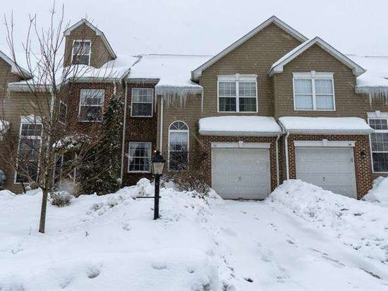 56 Hunt Club Dr, Collegeville, PA 19426