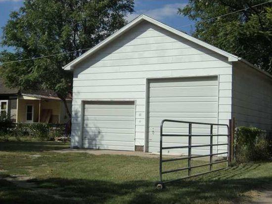 1344 S Laura Ave, Wichita, KS 67211