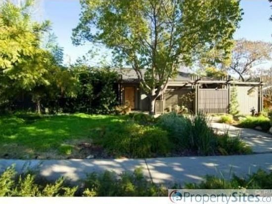 1544 N Mountain Ave, Claremont, CA 91711