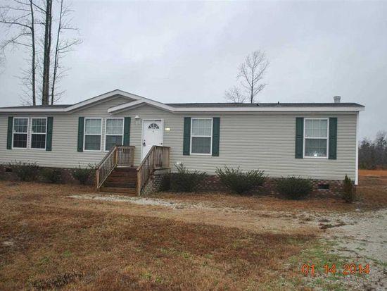 208 Mewborn Dr, Beulaville, NC 28518