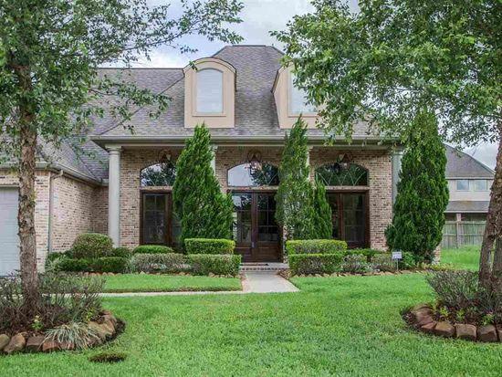 19 Stonebrook Ct, Beaumont, TX 77706