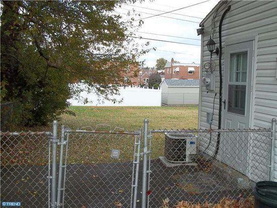 893 Morefield Rd, Philadelphia, PA 19115