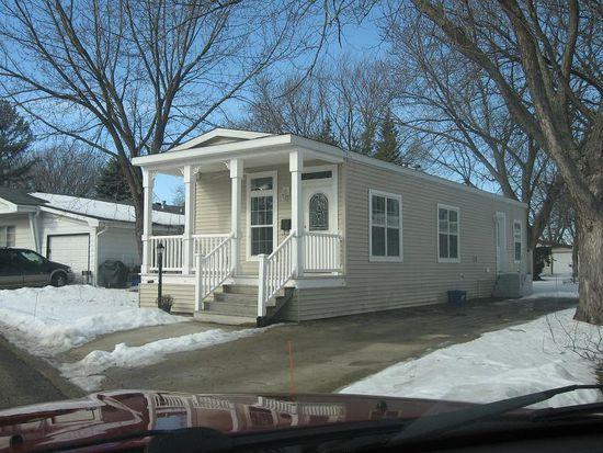 88 Parkwood Rd, Elgin, IL 60123