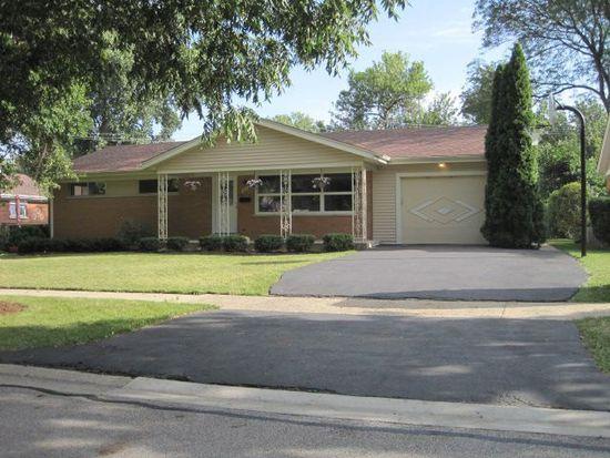 311 W Daniels Rd, Palatine, IL 60067