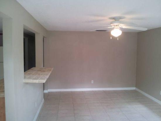9308 N 18th St, Tampa, FL 33612