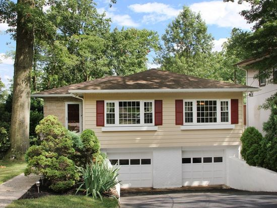 382 Wyoming Ave, Millburn, NJ 07041