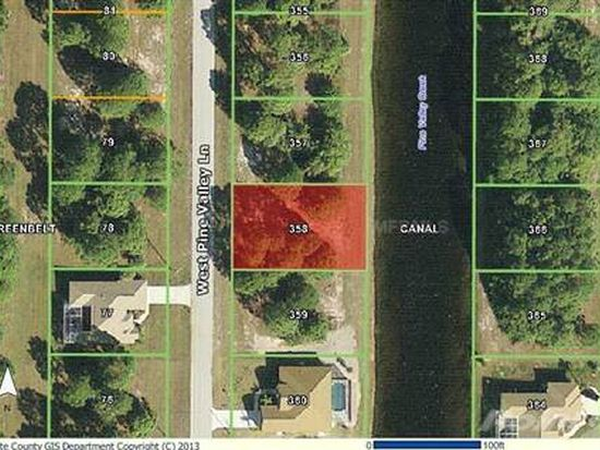 286 W Pine Valley Ln, Rotonda West, FL 33947