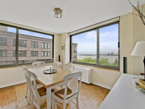 2 S End Ave APT 8R, New York, NY 10280