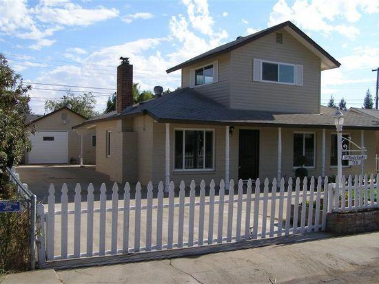 119 W Hampton Way, Fresno, CA 93705
