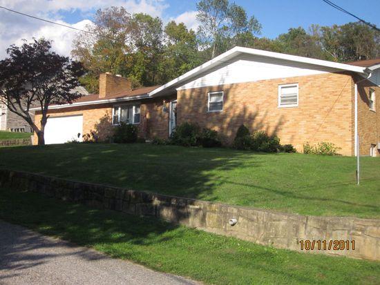1708 Pinewood Dr, Sissonville, WV 25320