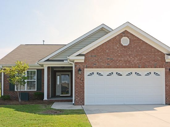1720 Stonewood Dr, Winterville, NC 28590
