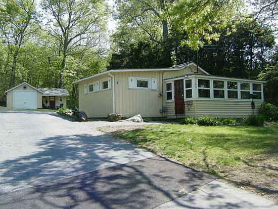 108 Sanctuary Rd, Charlestown, RI 02813