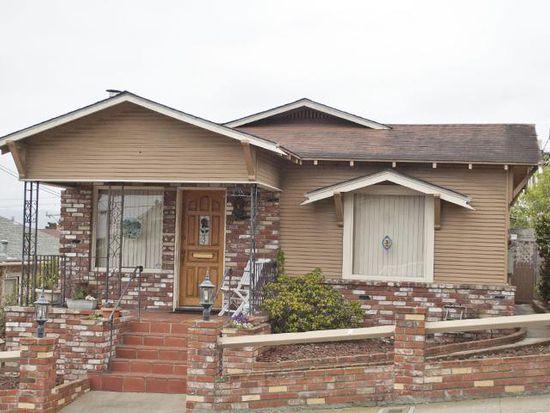 307 Eardley Ave, Pacific Grove, CA 93950