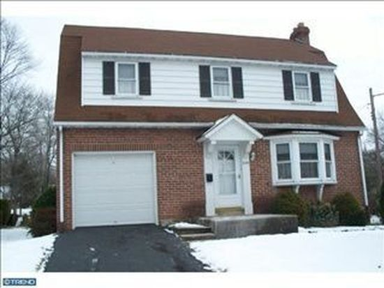645 S Cannon Ave, Lansdale, PA 19446