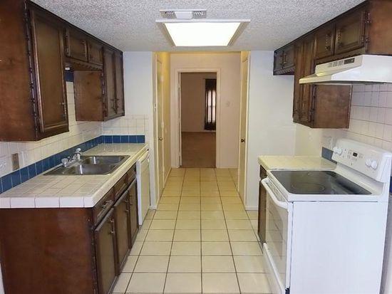 5530 Fordham St, Lubbock, TX 79416