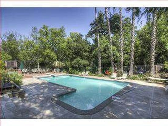 11490 Crestridge Dr, Los Altos, CA 94024