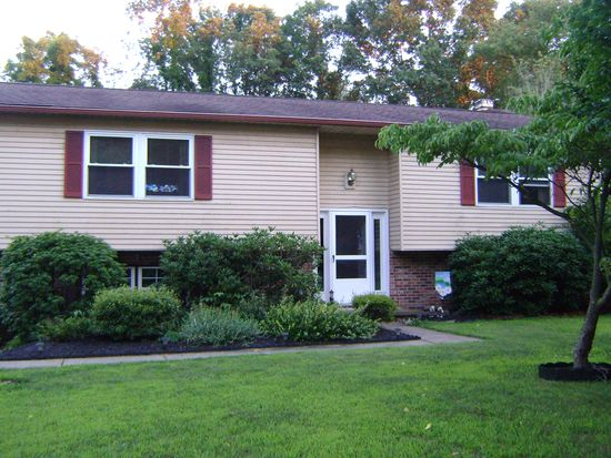 2560 Thor Ct, Painesville, OH 44077