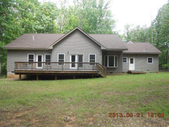 805 Douglas Church Rd, Farmville, VA 23901
