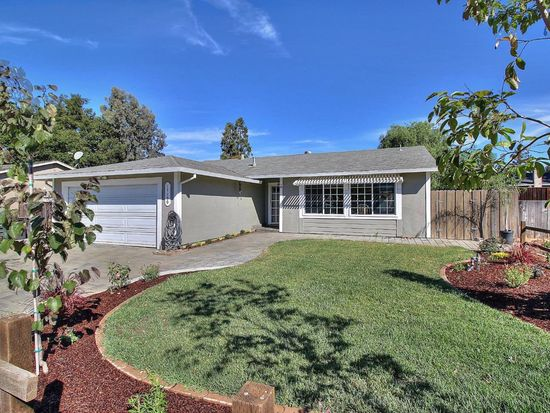 17150 Pine Way, Morgan Hill, CA 95037