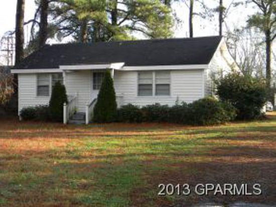 300 Crandell St, Robersonville, NC 27871