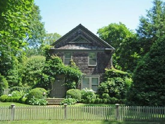146 Newtown Ln, East Hampton, NY 11937