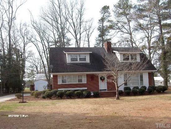 503 E 2nd St, Kenly, NC 27542