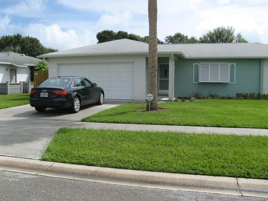 650 26th Ct, Vero Beach, FL 32962