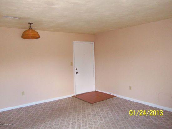 876 Newport Ter, Blacksburg, VA 24060