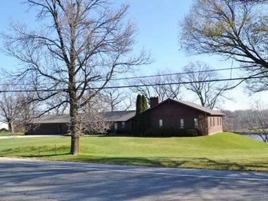 209 Main St, Wrightstown, WI 54180
