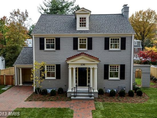 136 Grafton St, Chevy Chase, MD 20815