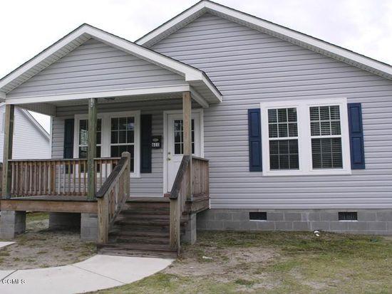 611 Cedar St, Beaufort, NC 28516