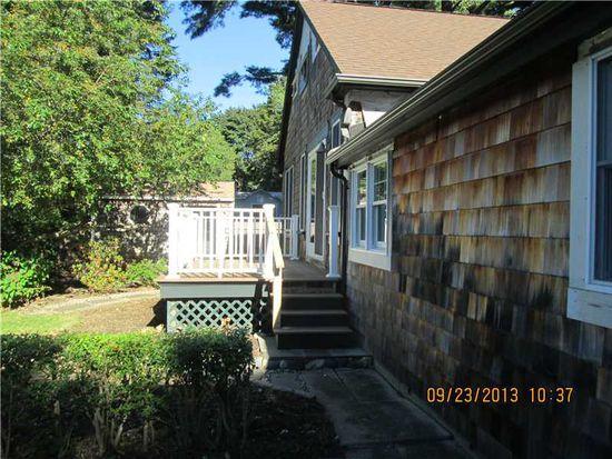 77 Bates Ave, North Kingstown, RI 02852