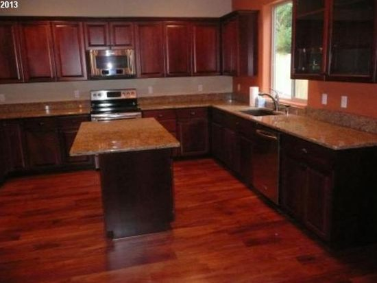 16452 Trail View Dr, Oregon City, OR 97045