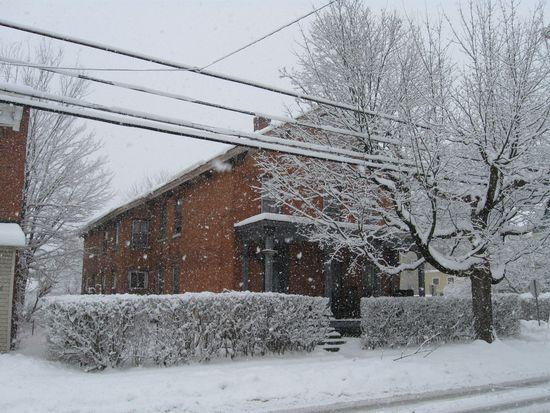 154 Washington St, Saratoga Springs, NY 12866