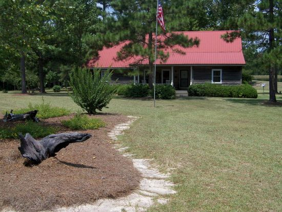 272 Cw Cooper Rd, Moultrie, GA 31768