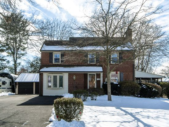 37 Home Rd, Hatboro, PA 19040