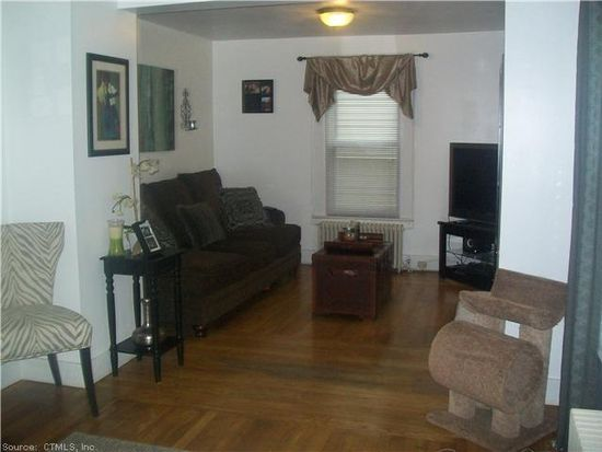 220 Highland St, West Haven, CT 06516