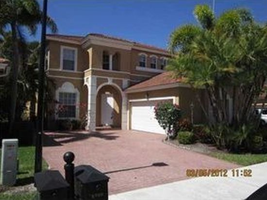 5760 NW 122nd Ter, Coral Springs, FL 33076